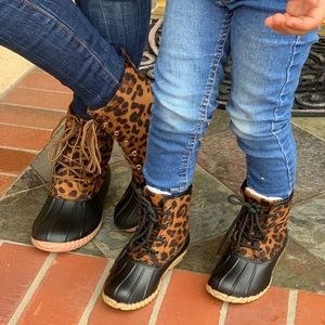 NEW ARRIVALS **MOM/ DAUGHTER LEOPARD DUCK BOOTS